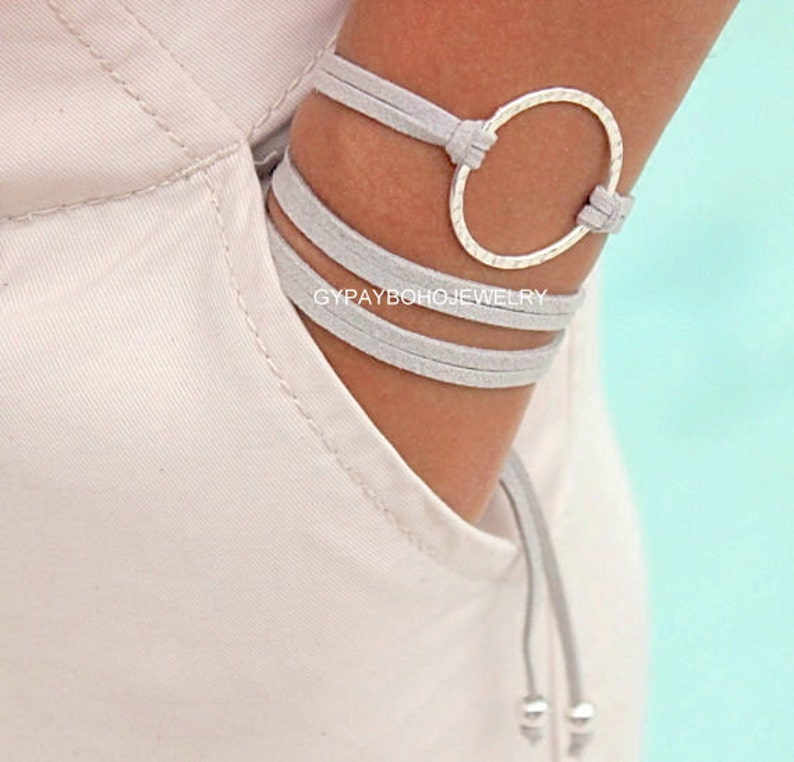 Custom  Adj PICK your Colors  Size Triple Wrap Microfiber Suede Leather Cord  Usa 225 INFINITY Hammered SILVER Circle Wrap Bracelet