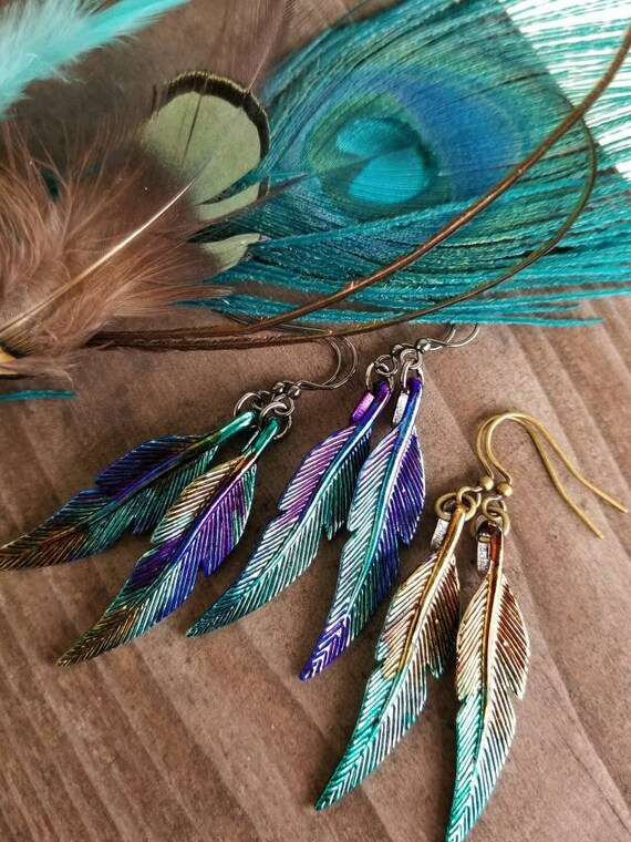Metallic Iridescent  Peacock  Dyed Turquoise 50 Feathers Hair Extensions