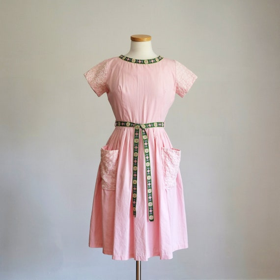 Vintage 1950s Pink Embroidered Cotton Fit & Flare