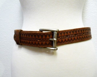 f96355b3c7 SALE 60s Tooled leather Belt Aztec TEX TAN Whiskey Brown Brass Buckled Belt  Size 30 - 32