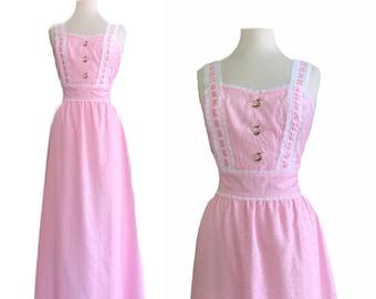 Vintage 1970s Dress Gunne Sax designer Pink Eyelet Embroidered Floral / Lace Trim Cottage core Maxi Prairie Dress Medium