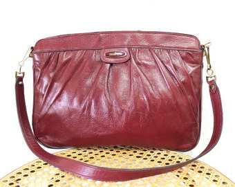 Vintage Burgundy Leather Bag Etienne Aigner Gold Tone Satchel shoulder handbag Purse
