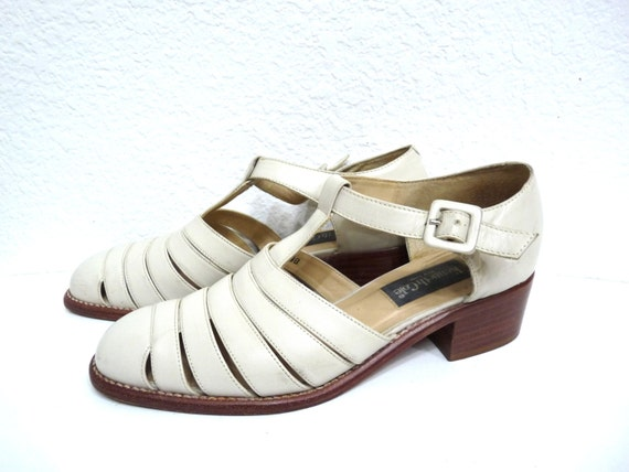 Vintage Pointed Toe Sandals Leather Buckle Huarach