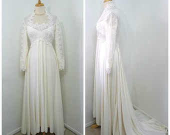 1960s Wedding dress William Cahill Lace Embroidered Chiffon Floral Appliques Train