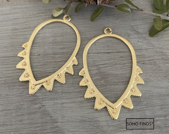 1026 - Matte Gold Plated Earring Parts - Bohemian Brass Earring Findings. 2 PCS.