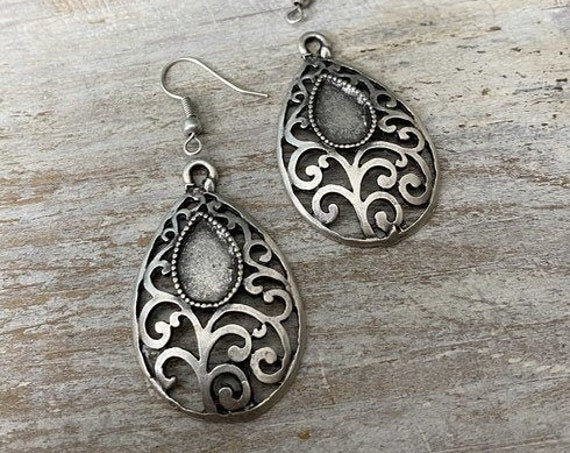 8093 - Wholesale earring findings for jewelry making parts.Best gift for her.