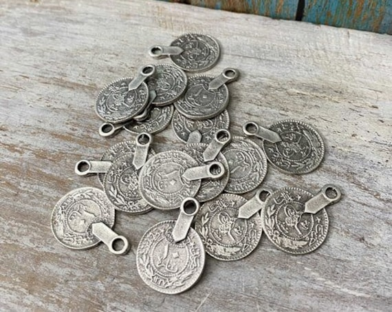 8076 - Ethnic Coin (big Size)