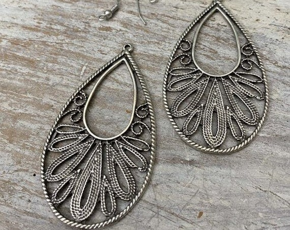 7022 - Wholesale earring findings for jewelry making parts.Best gift for her.