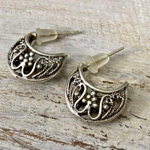 5362 - Bohemian jewelry boho earrings ethnic earrings dangle earrings statement earrings gypsy earrings tribal jewelry tribal earrings