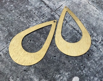 3063 - Brass Charms, Raw Brass Earring Findings. Earring Finds. Wholesale earring findings for jewelry making parts.