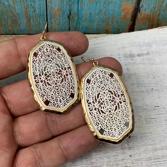 5610 - Bohemian, Boho Style, Gypsy, Hippie, Ethnic Earrings - Bohemian Earrings -Boho Earrings