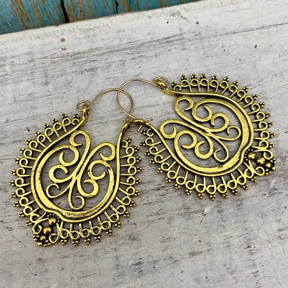 5005 - Rustic brass hoop earrings, patina earrings, hammered earrings, berber jewelry, bohemian hoops, gypsy hoops, gift for her
