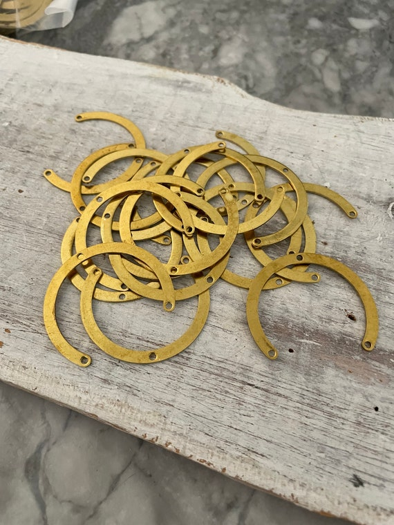 3004 - Approx. 20 PCS Raw Brass Earring Findings,One set, endless possibilities. Wholesale earring findings for jewelry making parts.