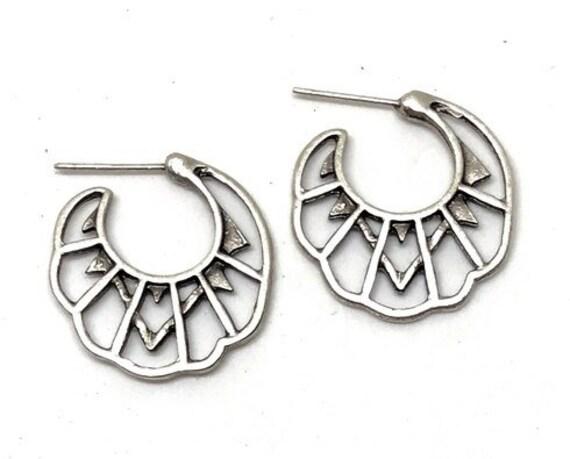 5517 - Bohemian jewelry boho earrings ethnic earrings dangle earrings statement earrings gypsy earrings tribal jewelry tribal earrings