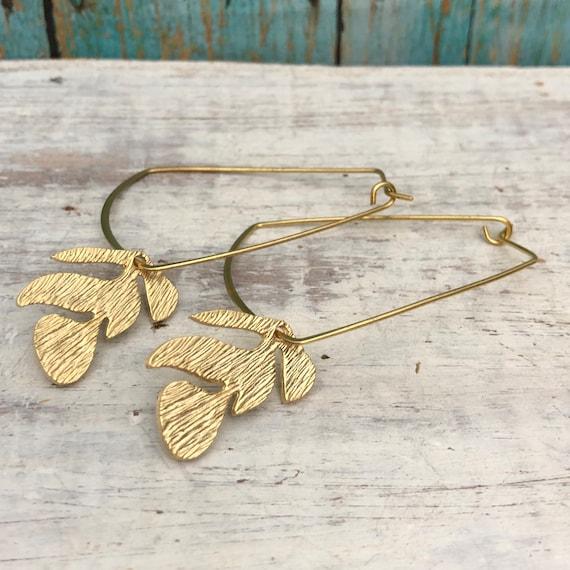 5633 - Brass Boho Art Earring, berber jewelry, brass earring finds, 3d printed jewelry,  gold earring finding.Brutalist jewelry