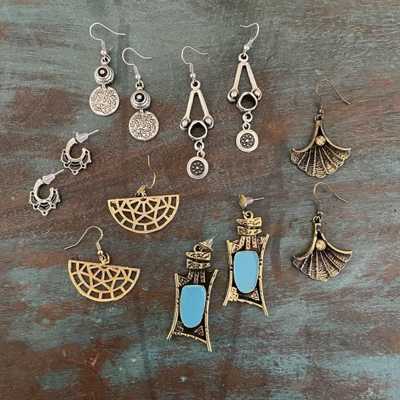 5591 - Bohemian jewelry boho earrings ethnic earrings dangle earrings statement earrings gypsy earrings tribal jewelry tribal earrings