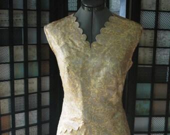 Vintage Gold Shift Dress  Brocade With Scallop Detail Plus Size Vintage Dress