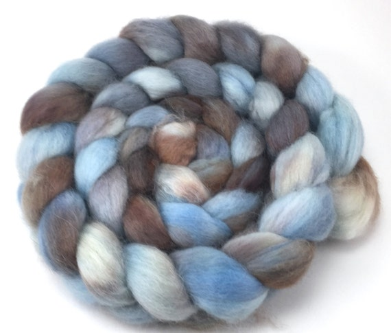 Beige Blush GoatsMagosh 4oz Merino Wool for Felting and Spinning