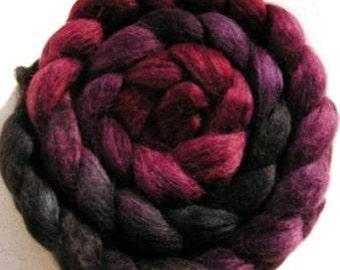 Spinning Fiber - Baby Alpaca Combed Top / Roving 4 oz - Pinot Noir