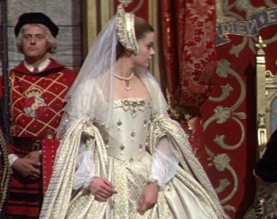 Women's PLUS sized Early Tudor (Henry 8th) Wedding Gown & Headdress, Renaissance Costume (Made To Order)
