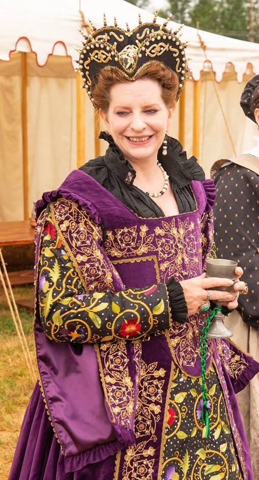 Women\'s Plus Size - Elizabethan Costume, Bridal Gown ...