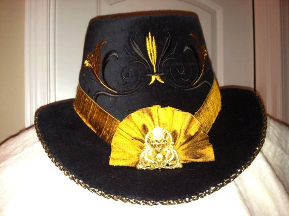 Unisex Slanted Riding Hat, with Cockade & Metallic component, Renaissance, Elizabethan (MADE TO ORDER)