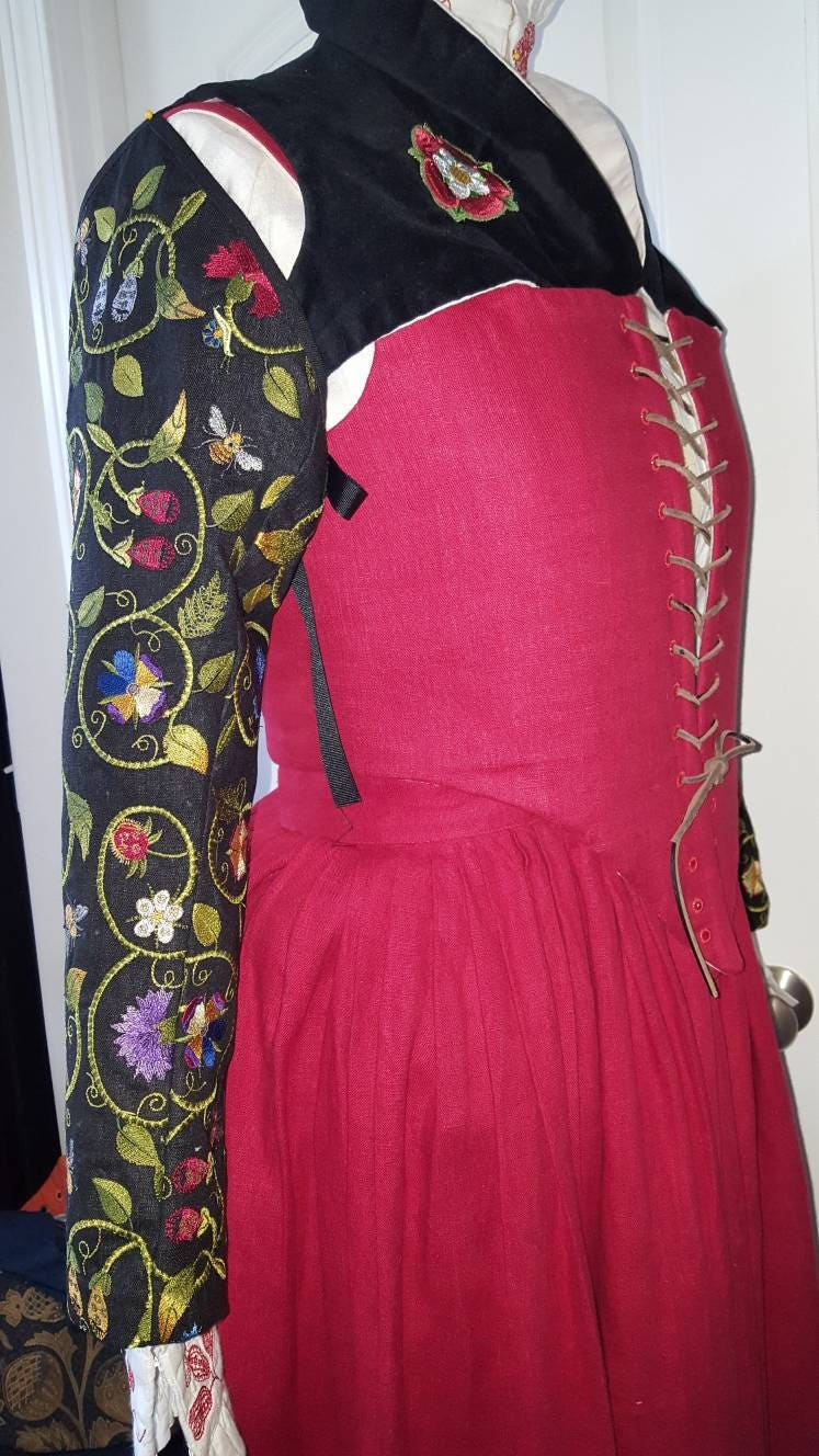5 Piece Elizabethan Kirtle, Over-Partlet and Embroidered