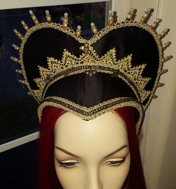 Women's Renaissance, Tudor, Elizabethan, French Hood, Pointed Base - MADE TO ORDER
