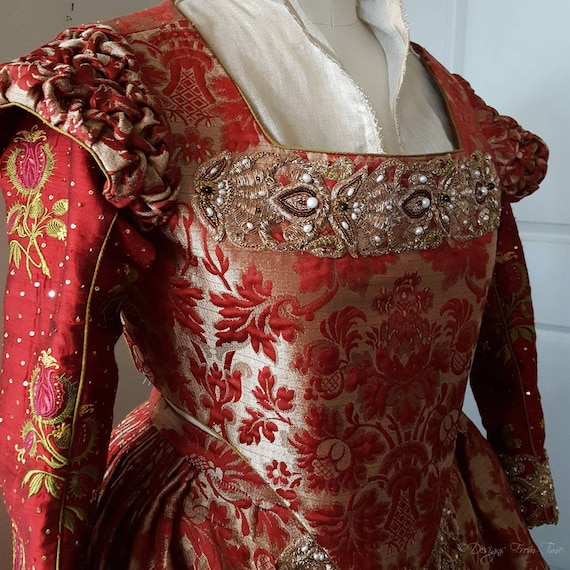 Women's PLUS SIZED Renaissance Dress, Elizabethan, Tudor, Costume, Bridal Gown  -  (Made To Order) Labor Fees
