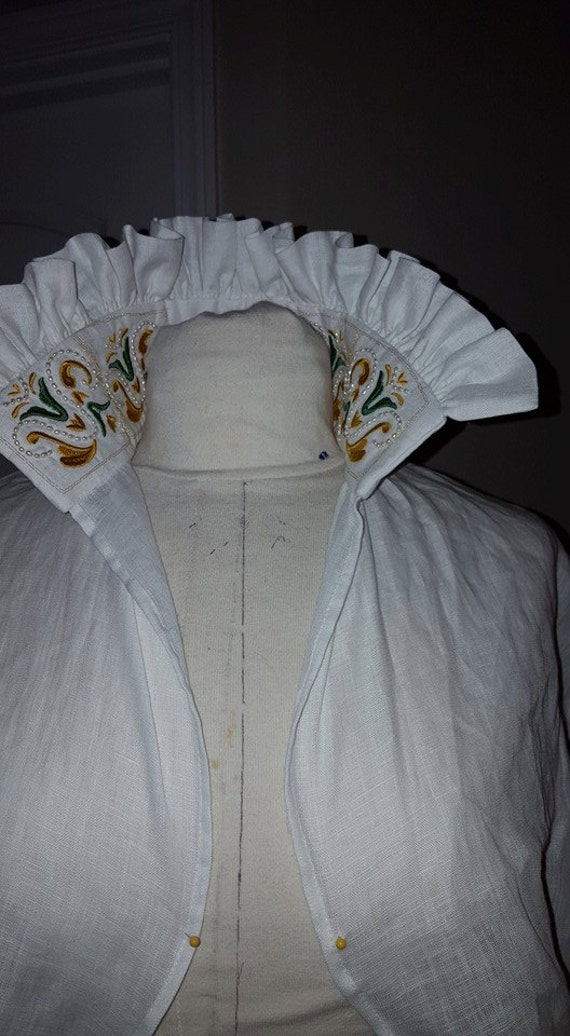 PLUS SIZED Maria de Medici Under Partlet, Eleonora di Toledo, Custom Embroidery, Renaissance, Elizabethan, Italian Linen - Made To Order