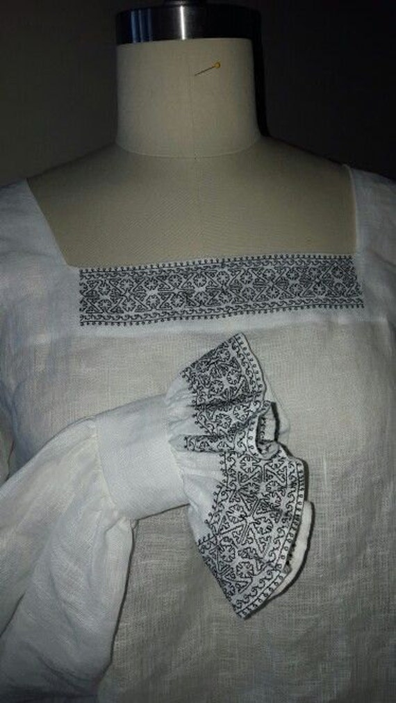 Women's Chemise, Smock, Jane Seymour Blackwork, Renaissance, Tudor, Elizabethan - Made to Order