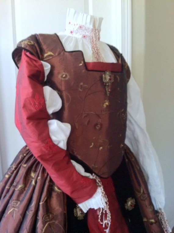 Renaissance Dress, Tudor, Elizabethan, Costume, Bridal Gown (Made To Order) - LAY AWAY AVAILABLE
