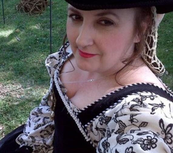 100% Italian Handkerchief Linen, Women's Square Neck Chemise, Smock, Renaissance, Elizabethan, Tudor, Costume - Made To Order