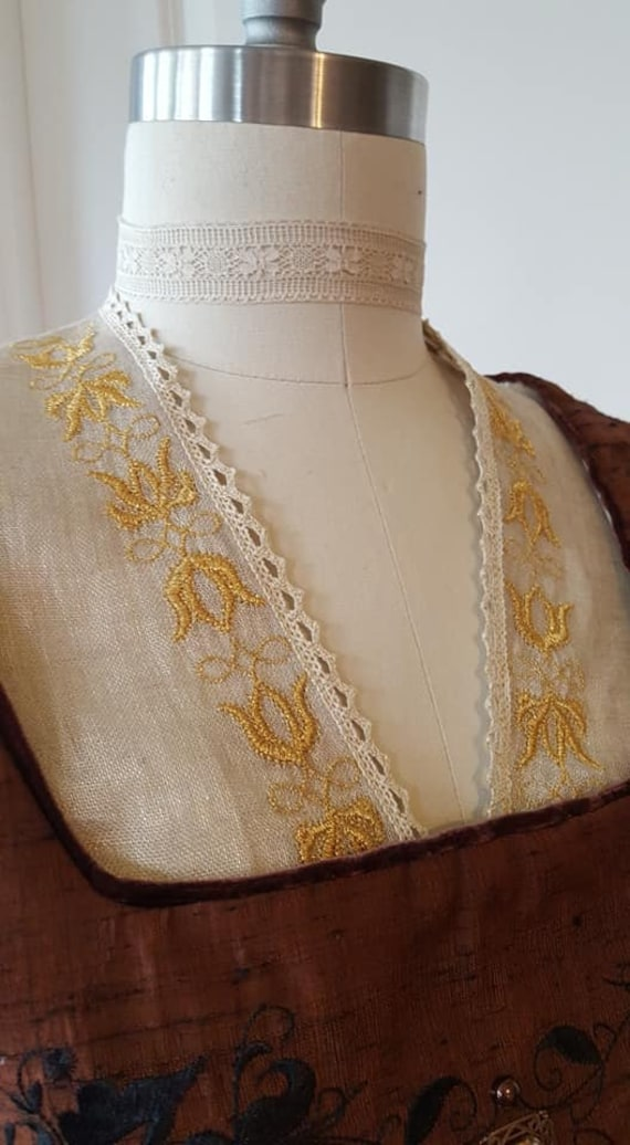 PLUS SIZE Goldwork Embroidered Under Partlet, Renaissance, Elizabethan, Italian - Made To Order