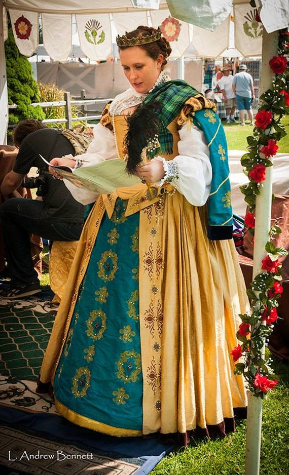 PLUS SIZED Renaissance Dress, Tudor, Elizabethan, Costume , Bridal Gown,  (Custom Made To Order) Labor Fees