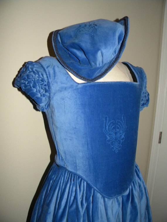 Renaissance Dress, Tudor, Elizabethan, Middle, Merchant, Costume, Bridal Gown (Made To Order) - LAY AWAY AVAILABLE