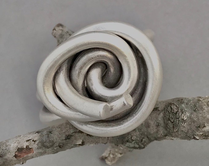 Silver Knot Rose 6
