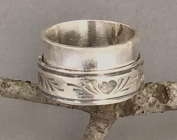 Spinner Ring 10
