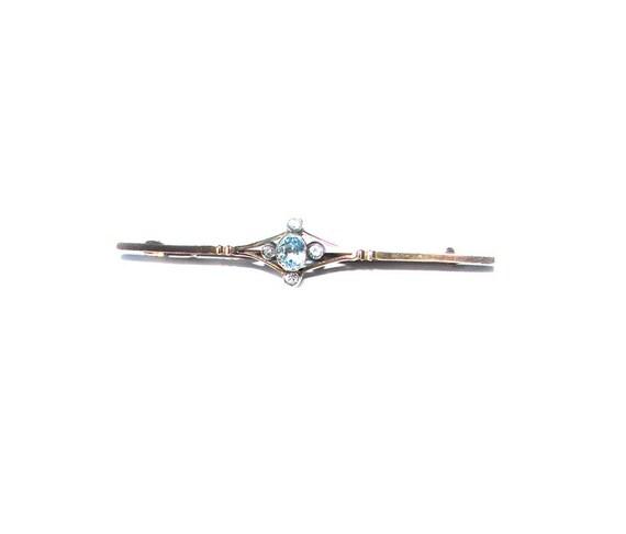 Antique 9 CT Rose Gold Aquamarine Bar Brooch Tie Bar Pin