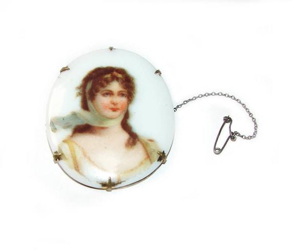 19c. Antique Victorian Queen Louis of Prussia Port