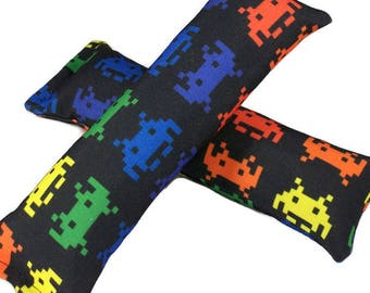 Eco-Kicker Catnip Cat Toy - Space Invaders