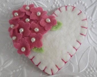 Rose Felt Flower Brooch Heart Beaded Flowers Mother's Day