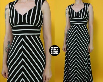 INCREDIBLE Vintage 70s Bold Black & White Stripe Summer Maxi Dress with Back Cut-Out