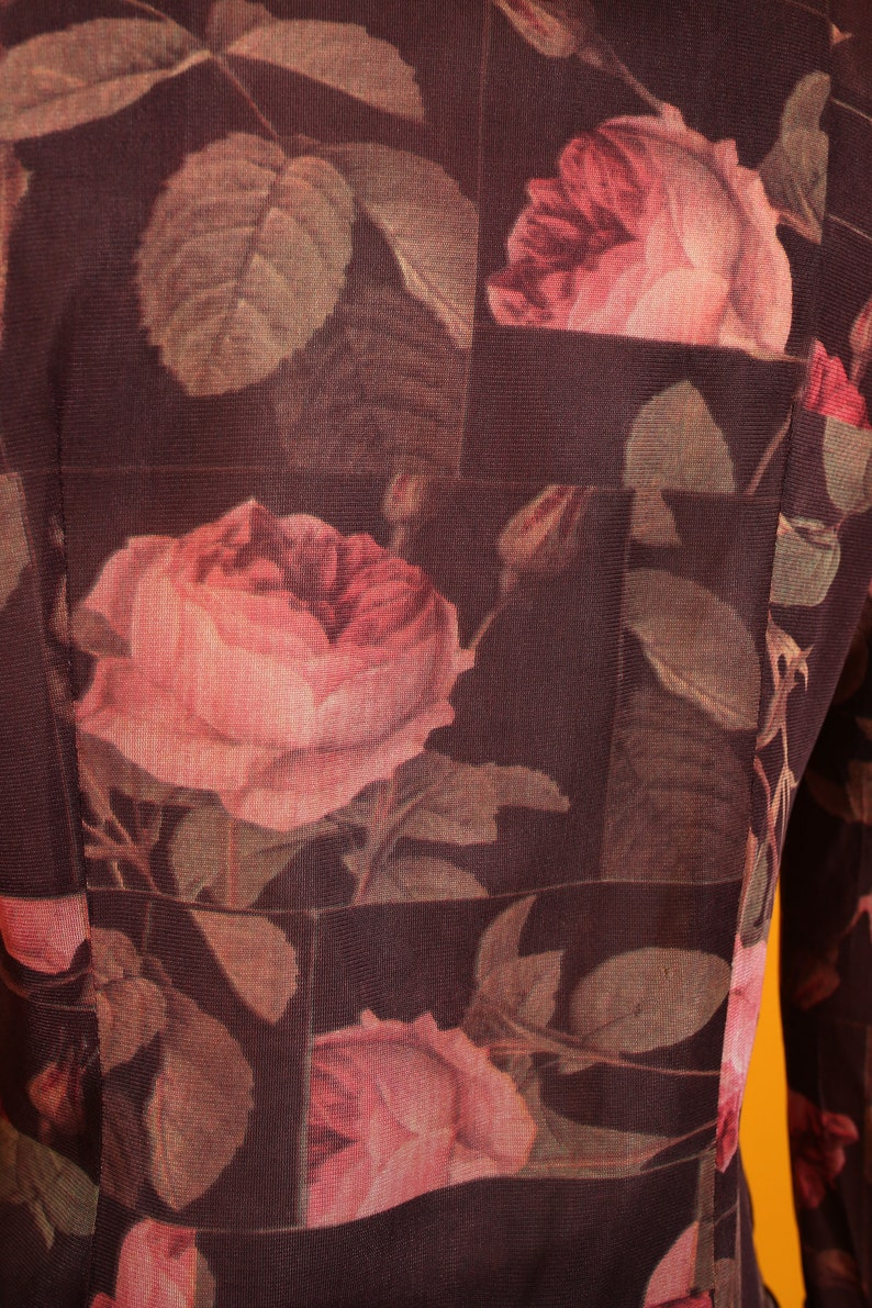 Pretty Hippie Vintage 70s Brown /& Pink Roses Novelty Print Button Down Shirt