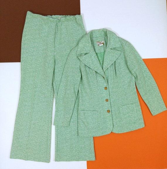 Cool Vintage 70s Mint Green Patterned Pants Suit - image 3