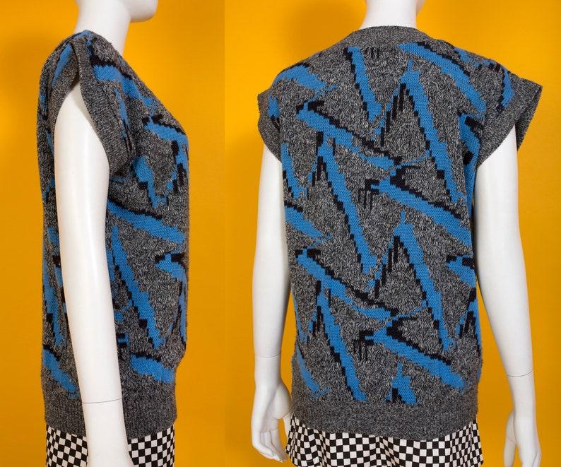 Black Abstract Zig Zag Sweater Vest Top Gray Vintage 80s 90s Blue