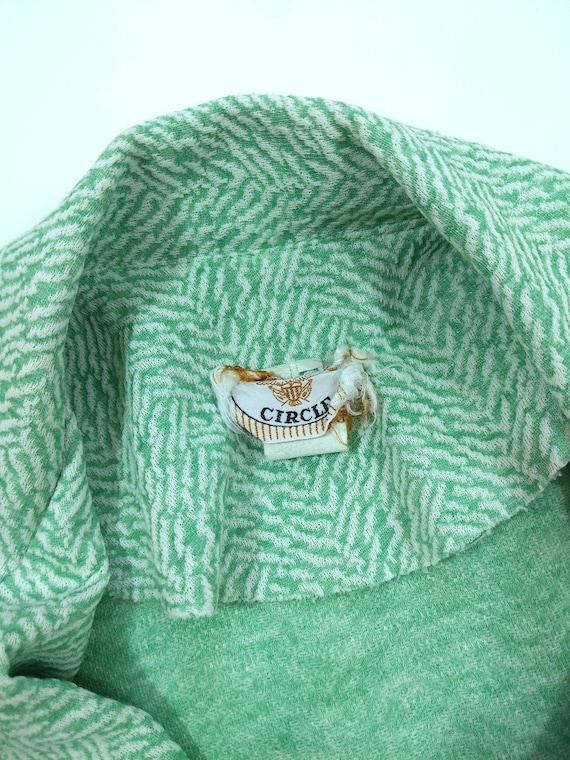 Cool Vintage 70s Mint Green Patterned Pants Suit - image 7