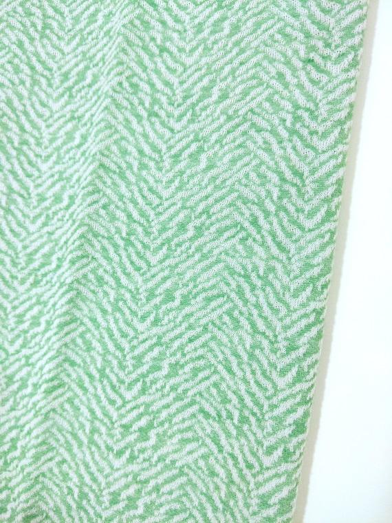 Cool Vintage 70s Mint Green Patterned Pants Suit - image 4