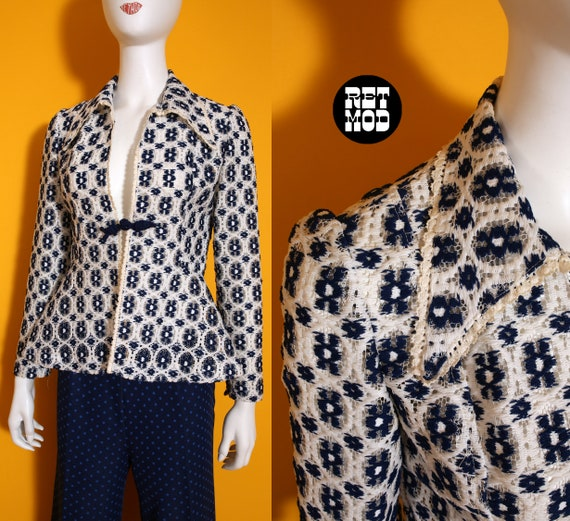 Beautiful Vintage 60s 70s Blue & White Lace Top wi
