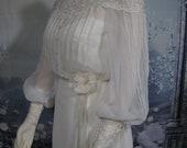Vintage 1970s Gunne Sax Style Boho Victorian High Neck Lace Empire Waist Wedding Gown